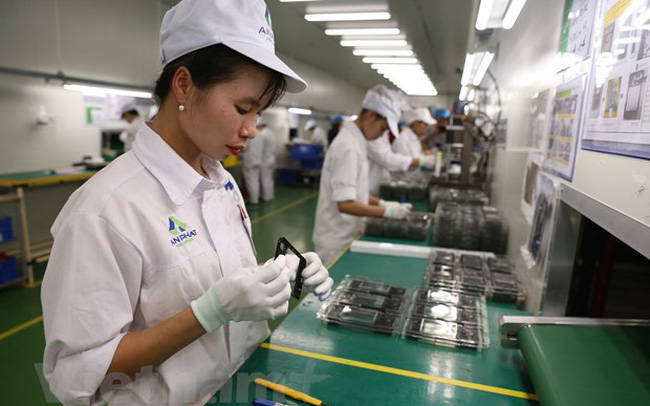 Xuất khẩu của nhóm hàng công nghiệp chế biến đem về gần 183 tỷ USD