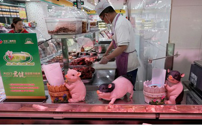Khủng hoảng thịt lợn, giá tiêu dùng tại Trung Quốc tăng cao nhất 7 năm