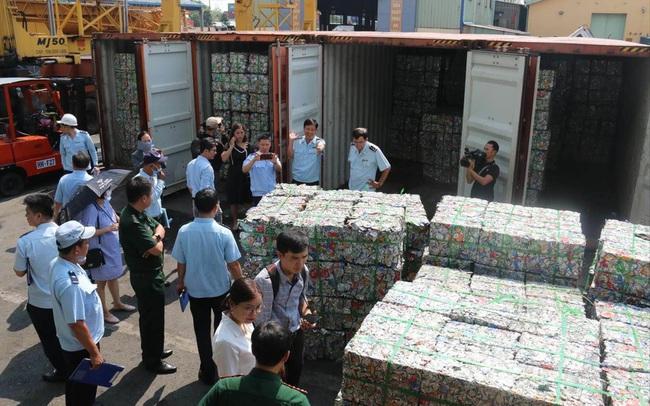 Vốn, hàng hóa Trung Quốc vào Việt Nam tăng đột biến: Mỹ cảnh báo rủi ro