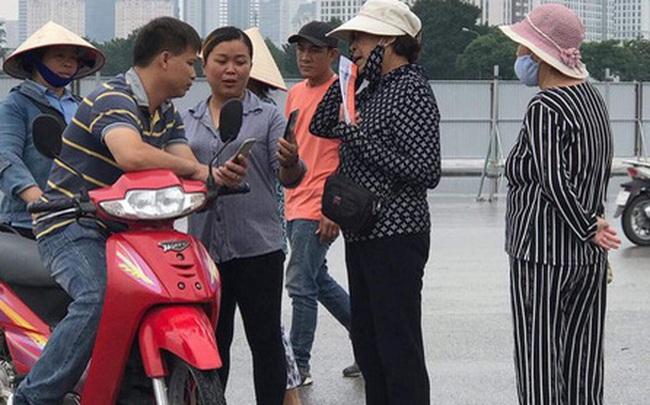 Vé trận Việt Nam - Thái Lan lên cao đột ngột, cổ động viên ngao ngán lắc đầu