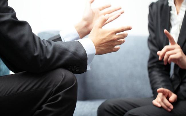 Từ câu chuyện Khổng Tử hỏi học trò cách cư xử với tiểu nhân, nghĩ về cách đối phó đồng nghiệp xấu nơi công sở