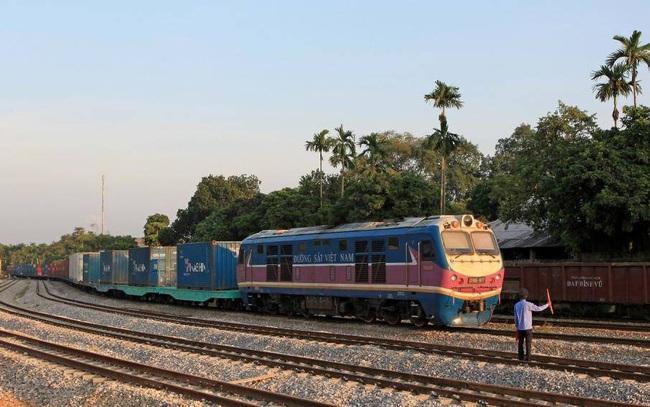 Đường sắt Lào Cai-Hà Nội-Hải Phòng kết nối những trọng điểm kinh tế nào?