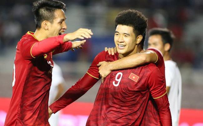 """""""Gài bẫy"""" hạ Campuchia đậm đà, thầy Park tạo lợi thế lớn cho Việt Nam ở chung kết SEA Games"""