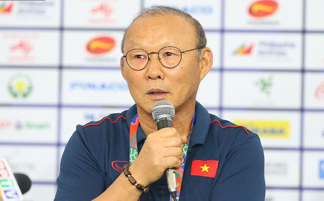 """HLV Park Hang-seo tự tin tuyên bố: """"Việt Nam sẽ thâu tóm HCV cả bóng đá nam và nữ"""""""