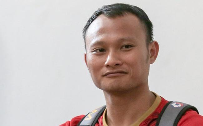 """""""Người không phổi của"""" U22 Việt Nam ngại ngần che giấu vết thương trước ngày đá chung kết SEA Games ở tuổi 30"""
