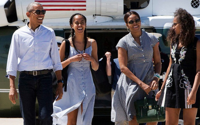 """Rời Nhà Trắng, thu nhập """"khủng"""" của cựu Tổng thống Obama đến từ đâu?"""