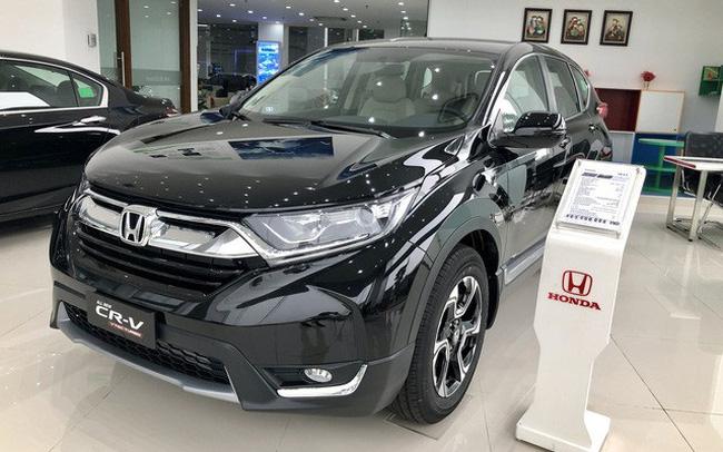 Loạt xe bị 'hạ bệ' khỏi top 10 bán chạy tại Việt Nam: Innova suýt bị Ertiga vượt mặt nhưng Honda CR-V gây bất ngờ hơn