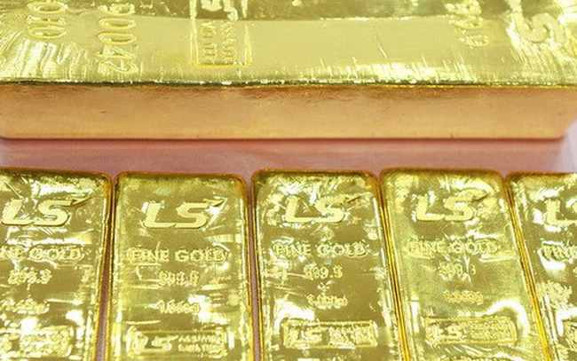 Nhà đầu tư mua mạnh vàng