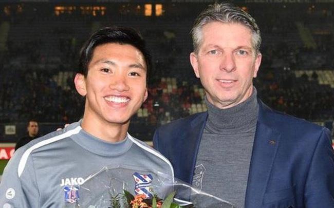 Lễ tôn vinh Văn Hậu: Đội bóng Hà Lan chiếu 2 bàn thắng của chàng trai Việt Nam ở chung kết SEA Games 30 cho khán giả theo dõi trên màn hình lớn