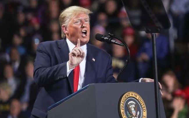 Không cần tức giận, luận tội có lợi cho ông Trump?