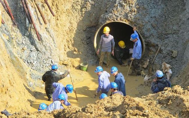 Đường ống sông Đà lại gặp sự cố, hàng vạn hộ dân mất nước