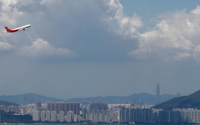 """Hồng Kông Airlines bị """"giam"""" 7 máy bay vì không trả nợ"""