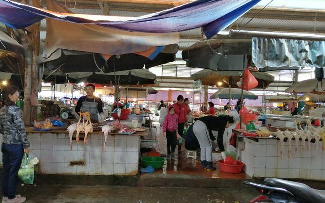 Sát Tết dương lịch, thực phẩm tăng giá theo giá thịt lợn