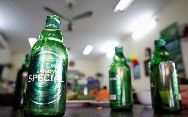 Financial Times: Thị trường Việt Nam đóng góp tới 12% lợi nhuận toàn cầu, cổ phiếu Heineken rớt mạnh trước bất lợi từ Nghị định 100
