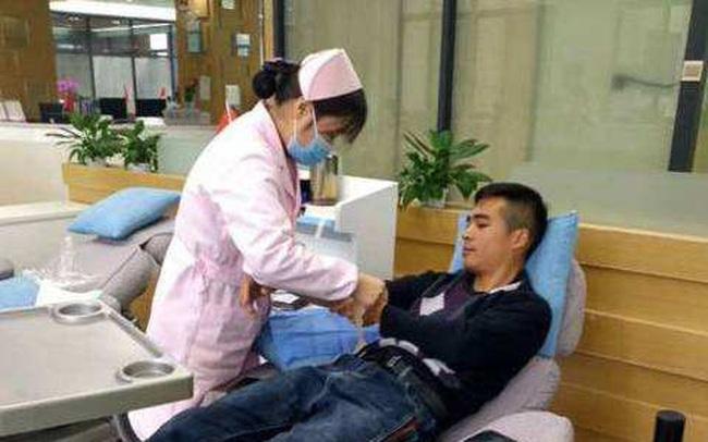 Trung Quốc dùng huyết tương người khỏi bệnh Covid-19 điều trị cho 11 ca bệnh nặng tiến triển tốt, khuyến khích người bình phục hiến máu