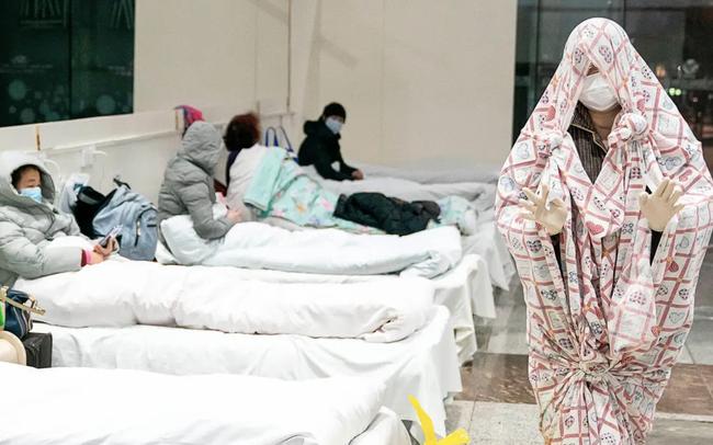 """Tâm sự của một bệnh nhân Covid-19 ở Vũ Hán: """"Tôi ho như thể sắp chết, đau đớn khắp tứ chi, có lẽ tôi đang gõ cửa địa ngục!"""""""