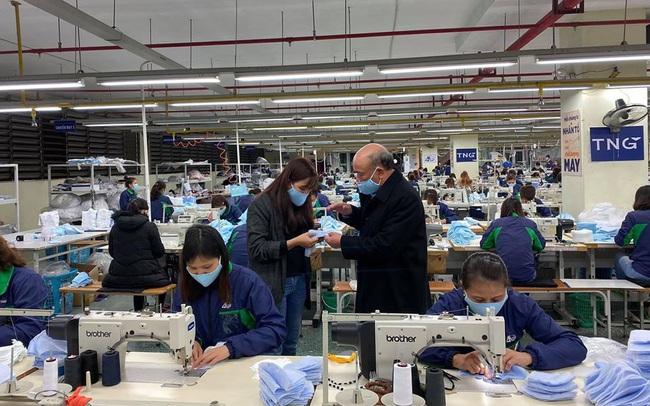 Dệt may TNG sản xuất khẩu trang nano có thể ngăn ngừa vi khuẩn, đã nhận đơn hàng 1 triệu chiếc cho Trung tâm Y tế Thái Nguyên