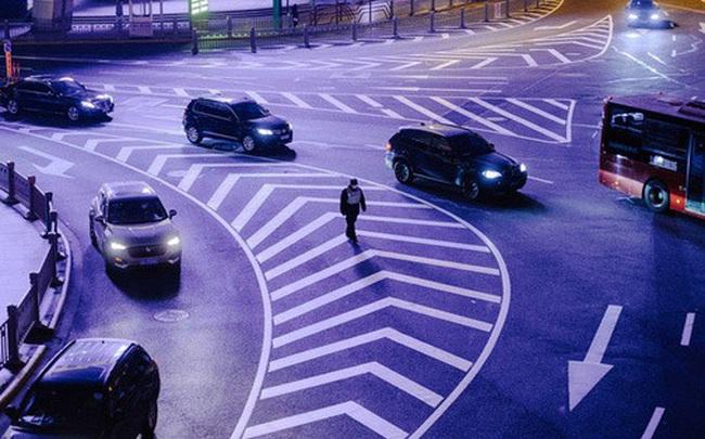 Cảnh tượng hiếm thấy: Hàng triệu người trở lại làm việc nhưng các siêu đô thị Trung Quốc vẫn 'chìm trong hôn mê' vì virus corona