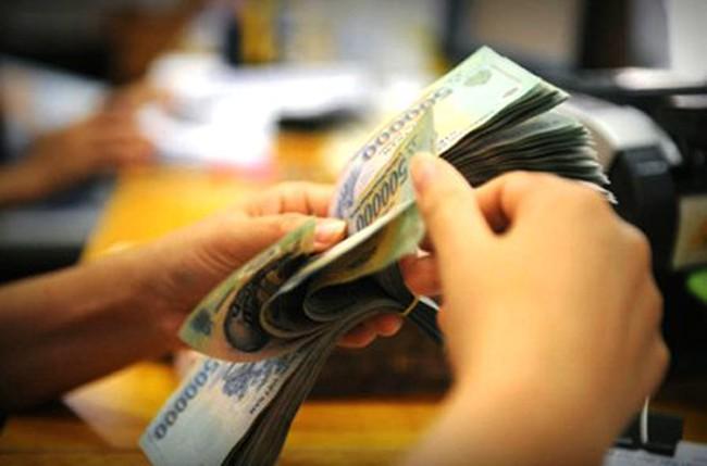 """""""Dở dang"""" nợ xấu, tái cấu trúc ngân hàng"""