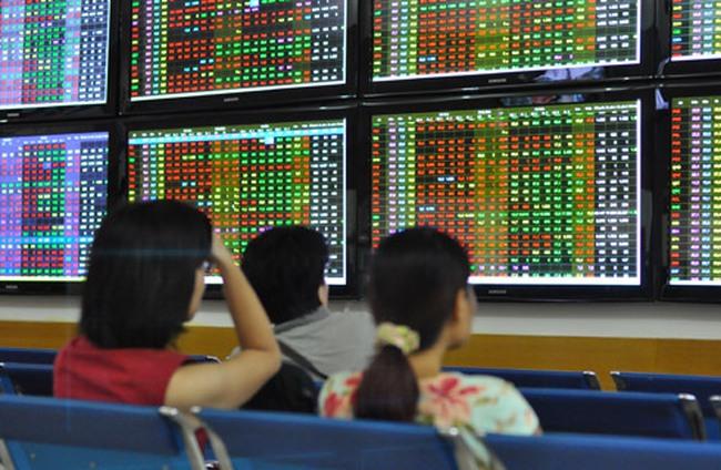 Cổ phiếu ngân hàng: Khi niềm tin bị suy giảm