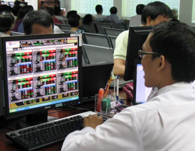 MBB bất ngờ thỏa thuận hơn 5 triệu CP giá trần, PVX dư bán sàn 1 triệu CP cuối phiên
