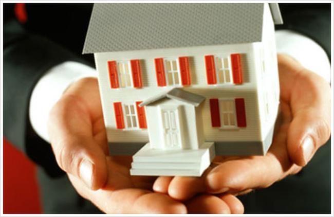 Năm 2015 sẽ cơ cấu xong các doanh nghiệp chứng khoán và bảo hiểm