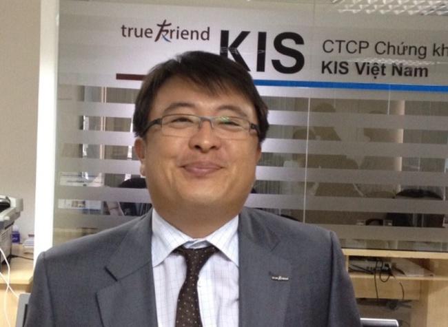 Giám đốc môi giới KIS: Tại sao sàn Hà Nội và HCM không để cùng biên độ?