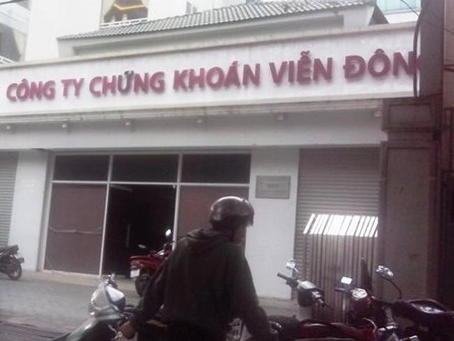 CK Viễn Đông: Ngân hàng Việt Á thoái toàn bộ vốn, năm 2012 lỗ 13,75 tỷ đồng