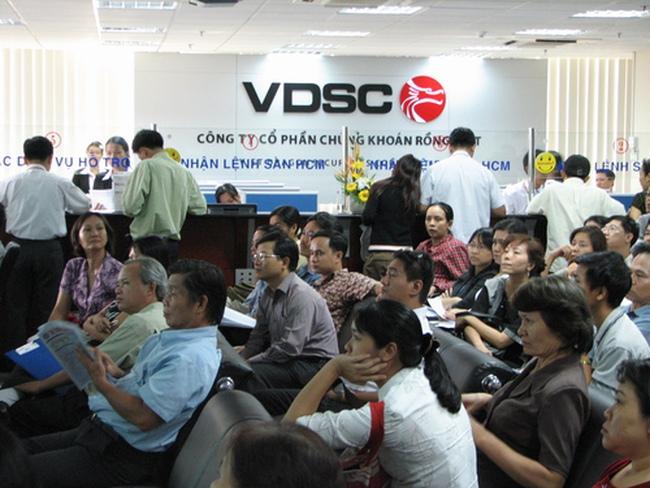 VDSC: Tỷ lệ an toàn vốn 260%, áp lực có lãi năm 2013 nếu không bị hủy niêm yết