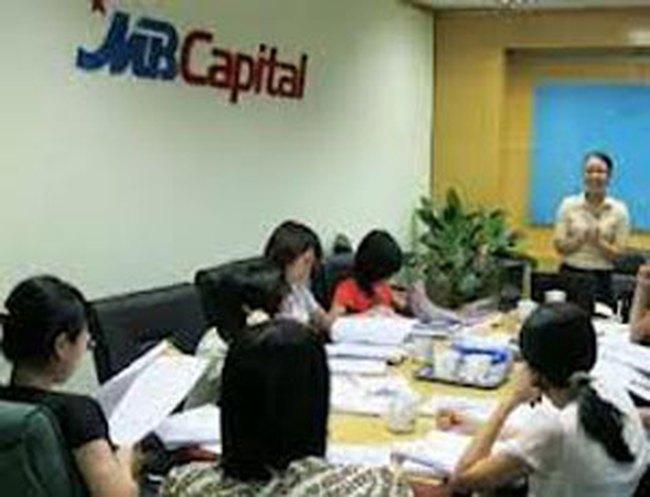 MB Capital: MB nâng tỷ lệ nắm giữ lên trên 75%, quý 2/2013 lãi 12 tỷ đồng