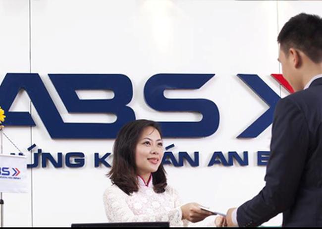ABS: 6 tháng đầu năm 2013 lãi 2,7 tỷ đồng, chưa trích lập đủ khoản phải thu khó đòi