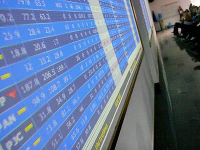 """VNM tăng """"một lèo"""" 8.000 đồng/cp, VN-Index lội ngược dòng trong phiên chiều"""