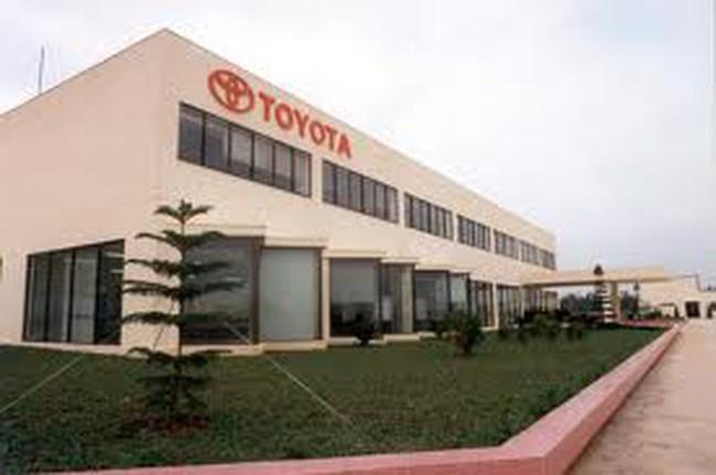 Toyota kiện đòi giảm thuế: Hải quan mạnh tay