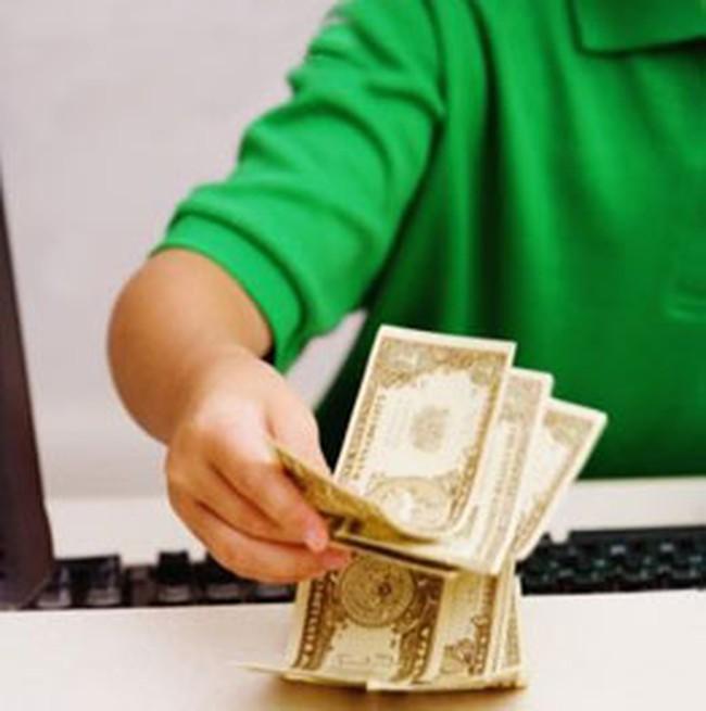 Đôla 'chợ đen' lại rẻ hơn giá ngân hàng