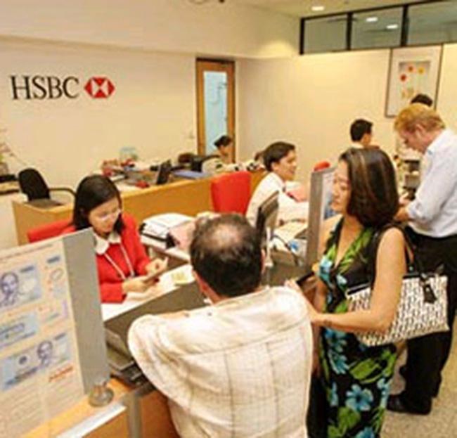 HSBC: Lợi nhuận 6 tháng giảm 29%