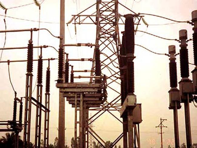 Khắp nước vẫn tiếp tục thiếu điện