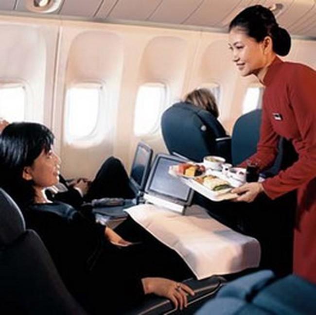 Cộng thêm 50 đến 180 nghìn đồng cho mỗi vé Vietnam Airlines