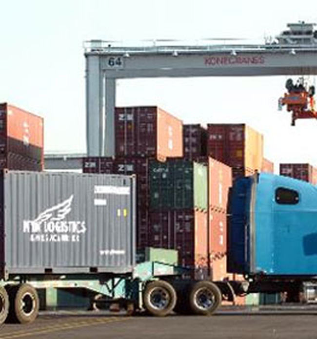 Thâm hụt thương mại của Mỹ giảm ngoài dự kiến