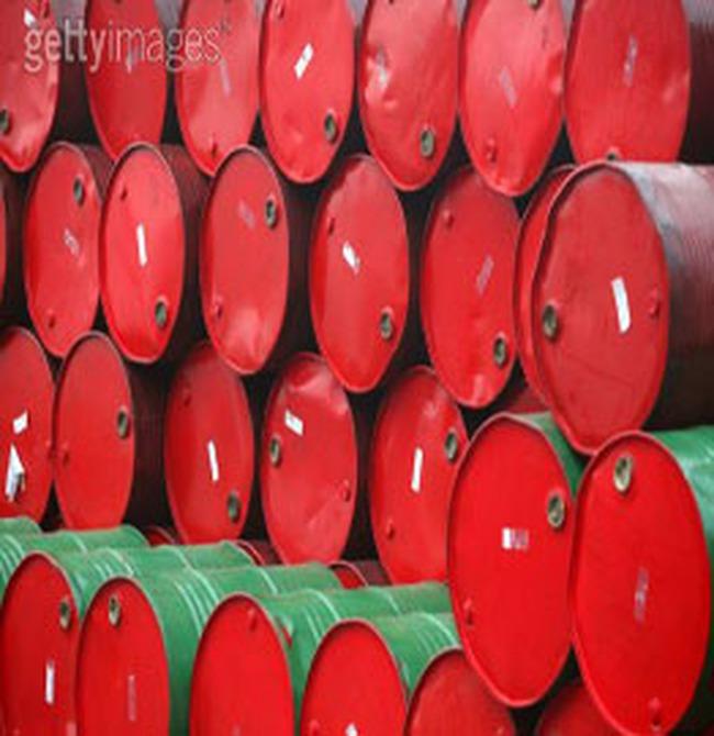Giá dầu tăng mạnh trở lại