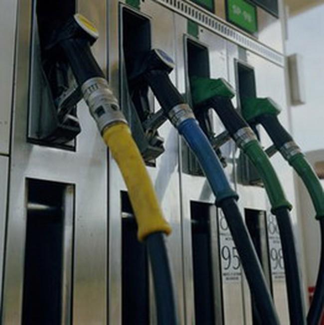 Giảm giá không dựa vào giá dầu thô