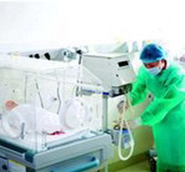 TPHCM: BBT ngừng cung cấp hàng, bệnh viện thiếu bông băng