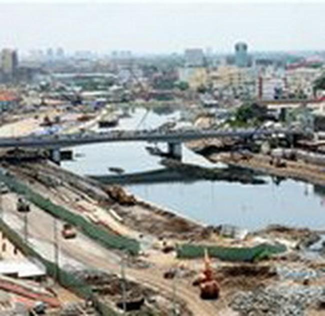 Có khả năng thay tư vấn dự án đại lộ Đông-Tây