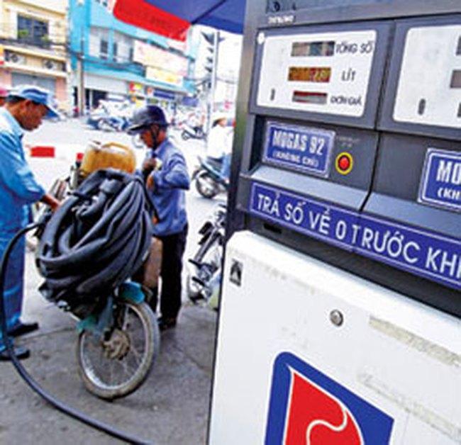 Xử lý nghiêm gian lận trong kinh doanh xăng dầu