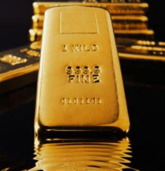 Tuần qua, giá vàng trượt dốc mạnh nhất trong 25 năm
