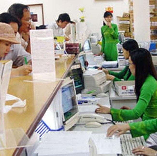 Số lượng ngân hàng Việt Nam: nhiều hay ít?