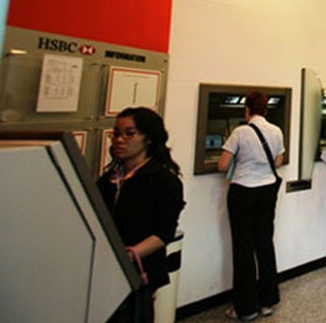 HSBC đã lắp 108 máy ATM tại Việt Nam