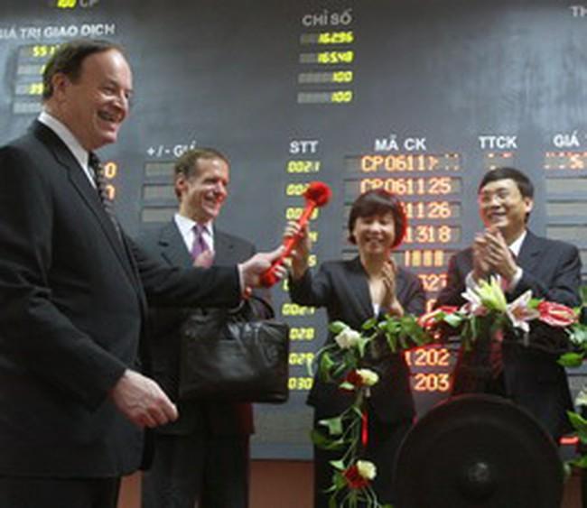 Thượng Nghị sỹ Hoa Kỳ Richard Shelby thăm TTGDCK Hà Nội