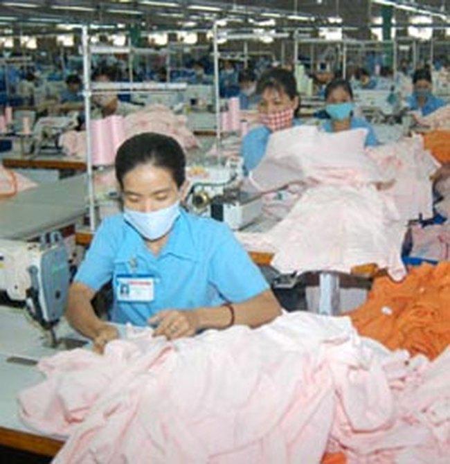 Nhiều tỷ đồng xuất khẩu hàng dệt may qua... hợp đồng miệng