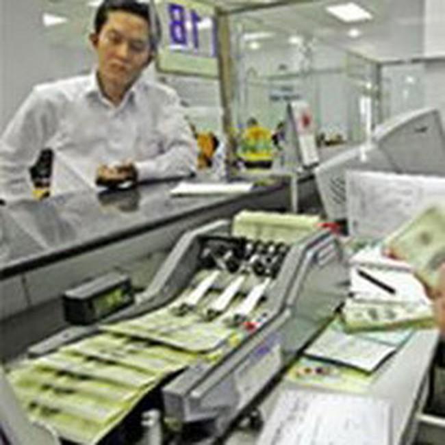 Lãi suất huy động của các ngân hàng nhỏ vẫn cao