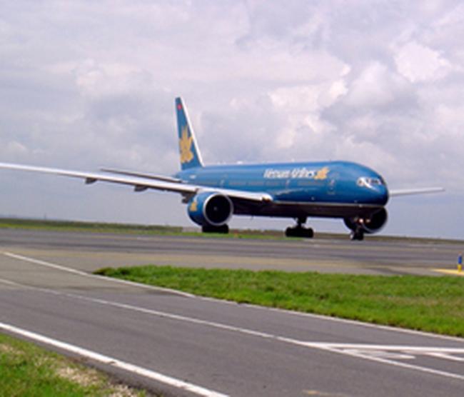 Vietnam Airlines giảm mức phụ thu nhiên liệu